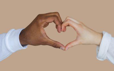 Zmena je mladšia sestra akceptácie. Aj v partnerstve.